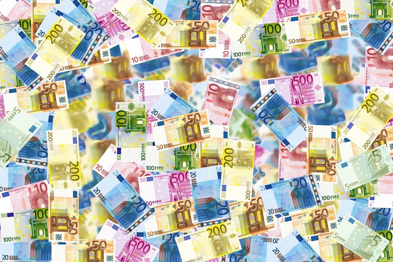 Rechtsanwältin Heike Michaelis Verteidigung bei Inverkehrbringen von Falschgeld